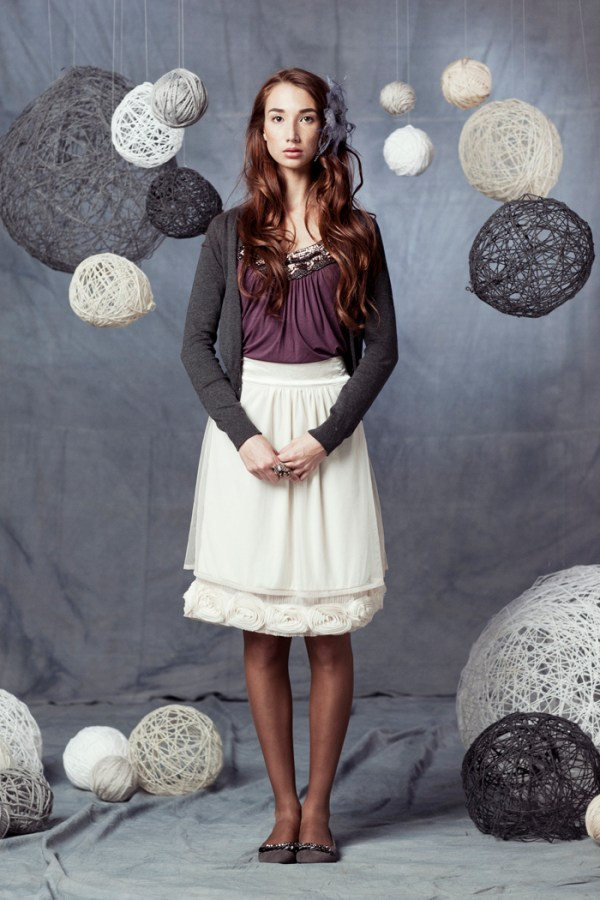 Blog resources 55 awesome diy photography backdrops yarn balls solutioingenieria Choice Image