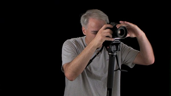 When and How to Use a Monopod Instead of a Tripod