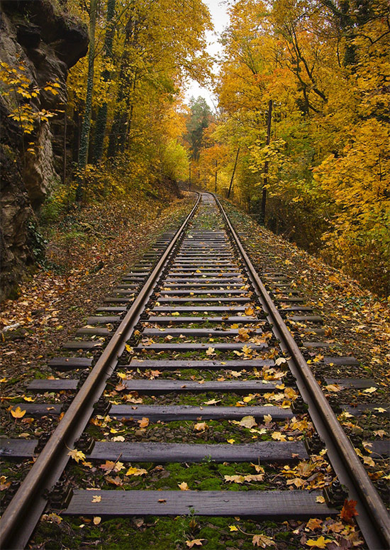 21 Beautiful Railroad Track Photos Photographypla Net