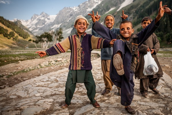 25 Photos of Children Around the World